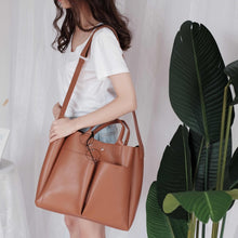 Load image into Gallery viewer, MARI City Tote Bag