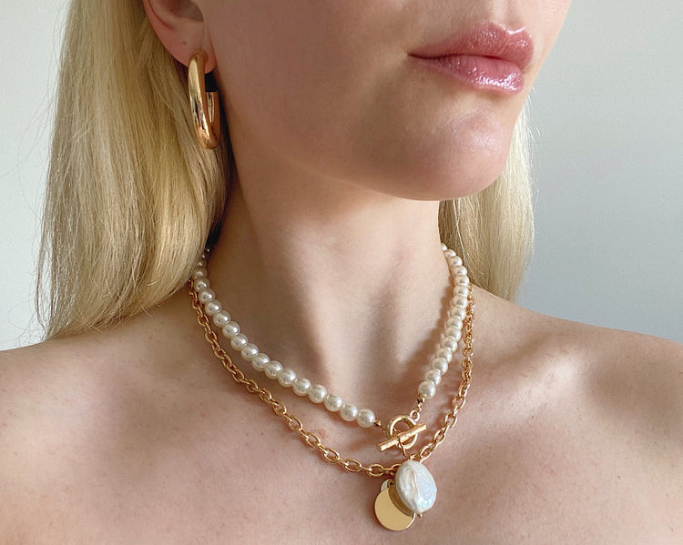 Bowie Pearl and Chain LayerNeck Piece Gold