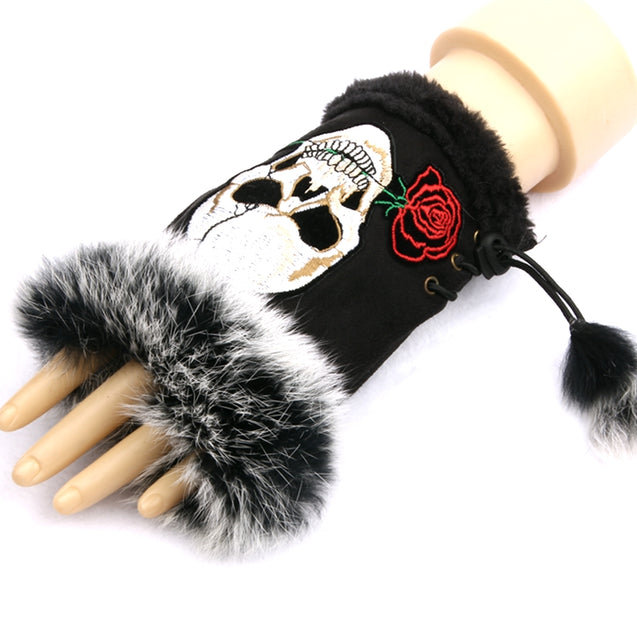 1 Paiar of Woman Fashion Gloves Half finger Gloves Embroidered skull