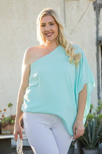 One Shoulder Unbalance Sleeve Top in Mint