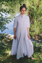 Load image into Gallery viewer, Regal Tunic - white cotton-linen