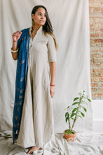 Load image into Gallery viewer, Regal Tunic - linen