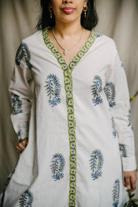Airy Tunic - deep blue/sage