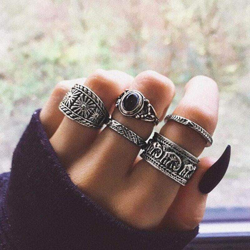 The Antique Bohemia Ringset - Unique women Jewelry! Rings, bracelets, watches & more..