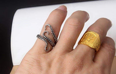 The Octopus Tentacle Resizable Ring - Unique women Jewelry! Rings, bracelets, watches & more..