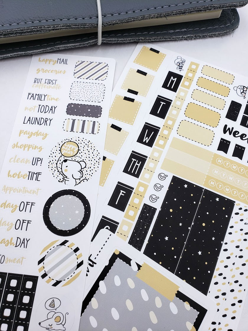 Minnie | Weekly kit for the Hobonichi Weeks Planner