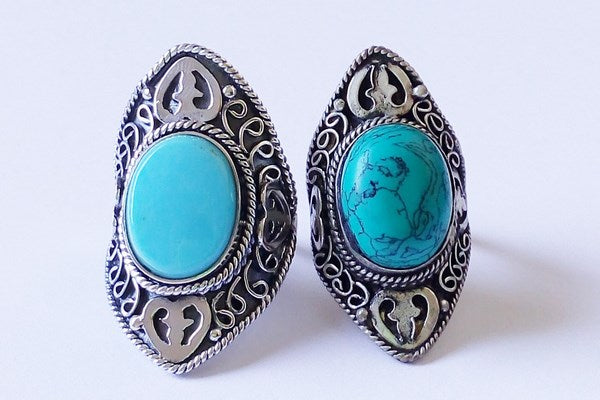 silver ring with natural turquoise stone