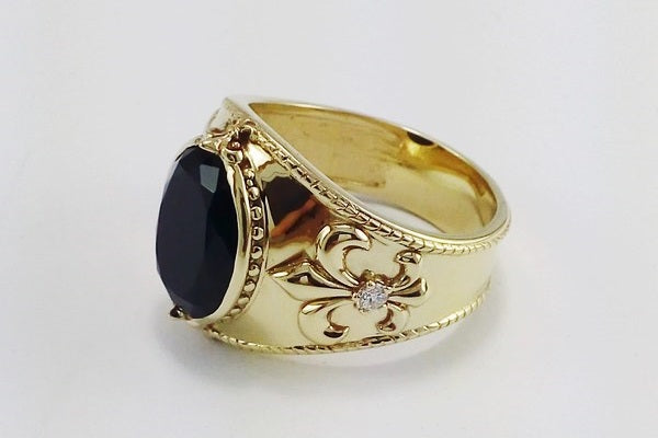 bague or femme auriculaire