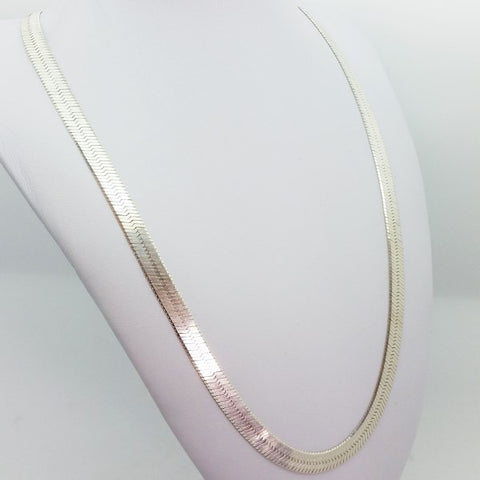 collier femme chaine plate