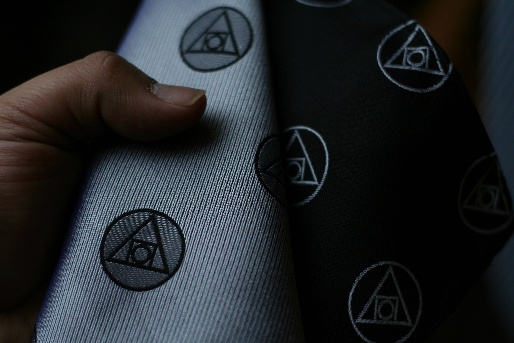 The Philosopher's Stone Tie with Wooden Box