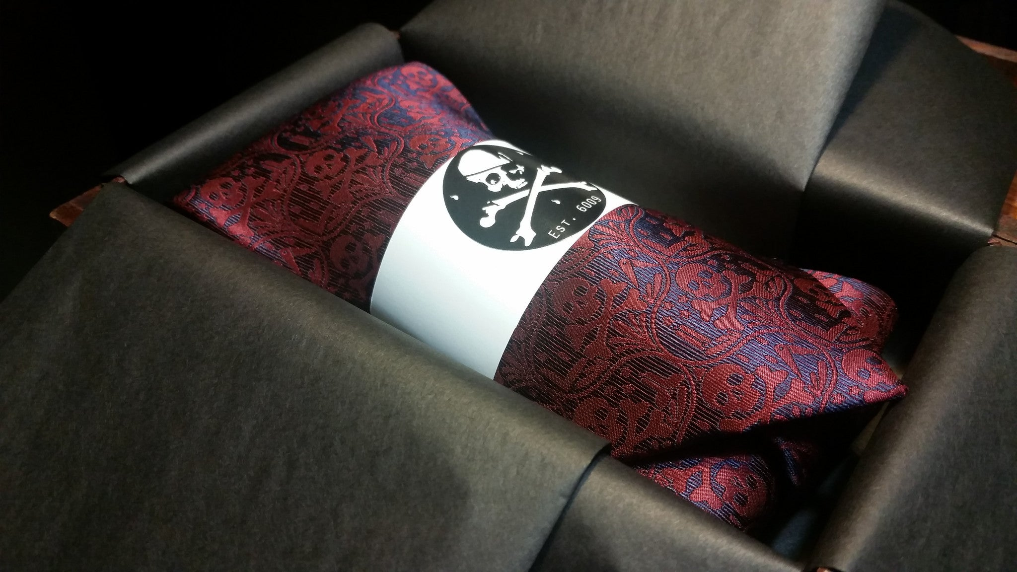 Memento Mori IIB Pocket Square and Lapel Pin Combo