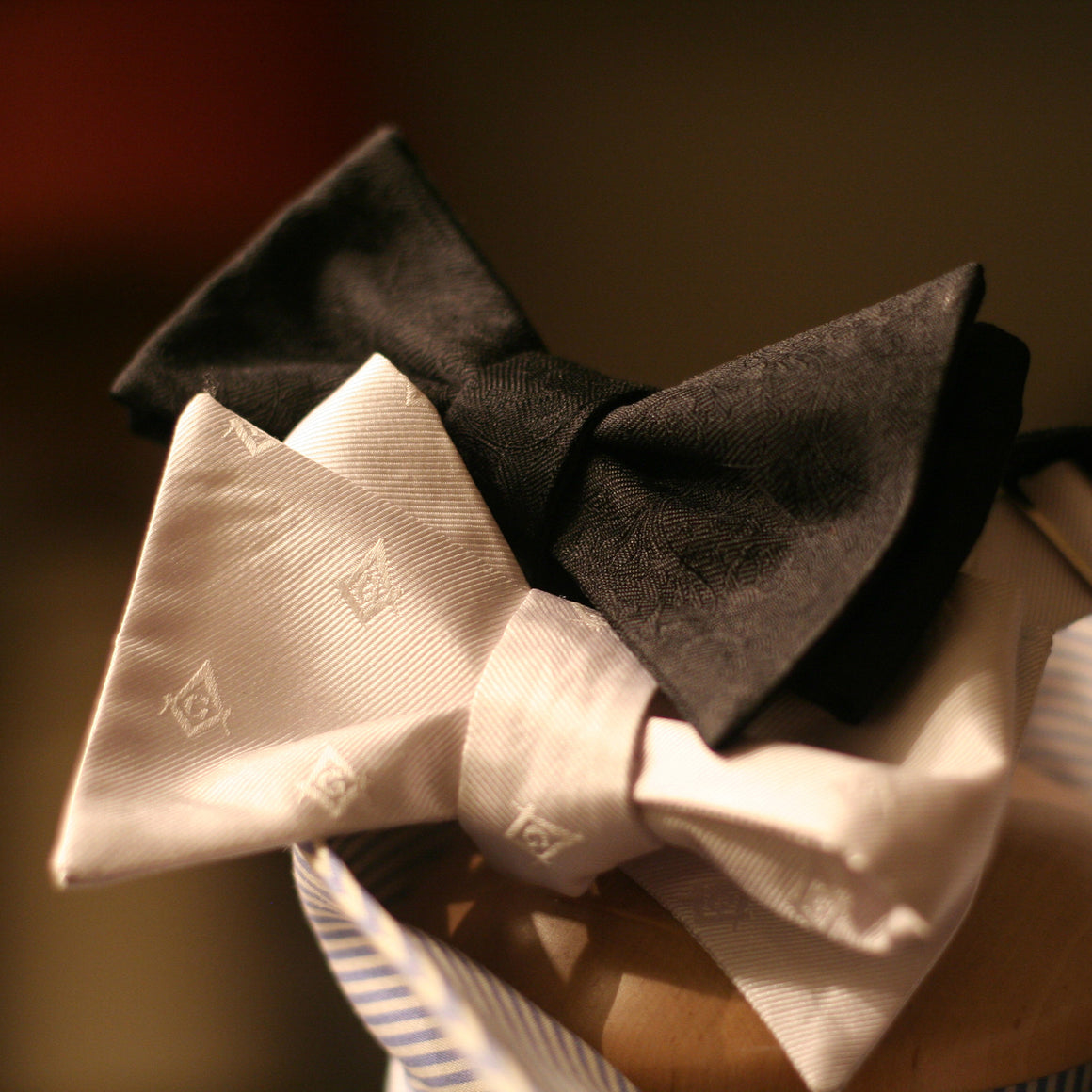 FraternalTwins Bow ties