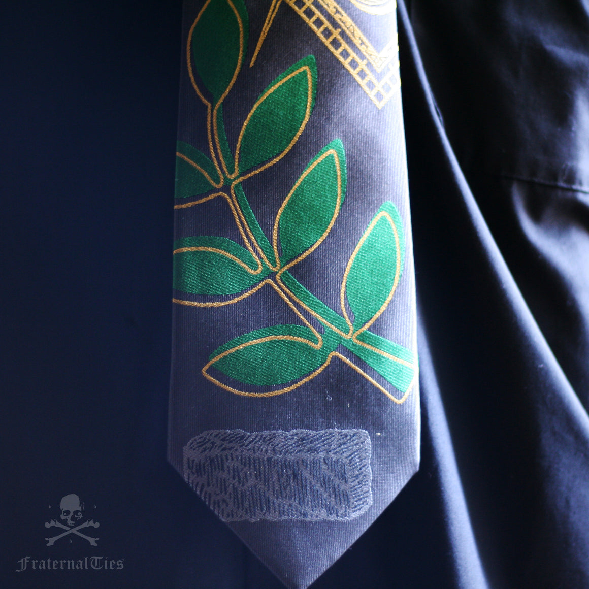 The Widow's Son Masonic Tie
