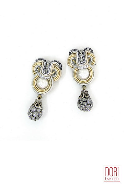 Calista Drop Earrings