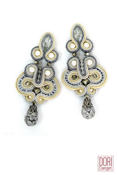 Calista Elegant Earrings