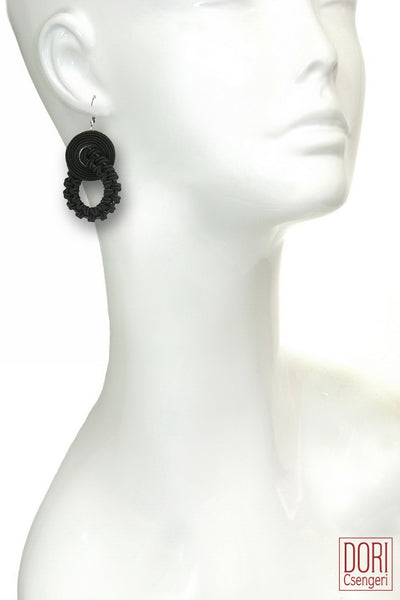 Amelie Day To Evening Black Earrings