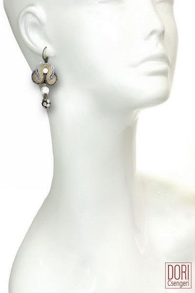 Calista Dangling Earrings