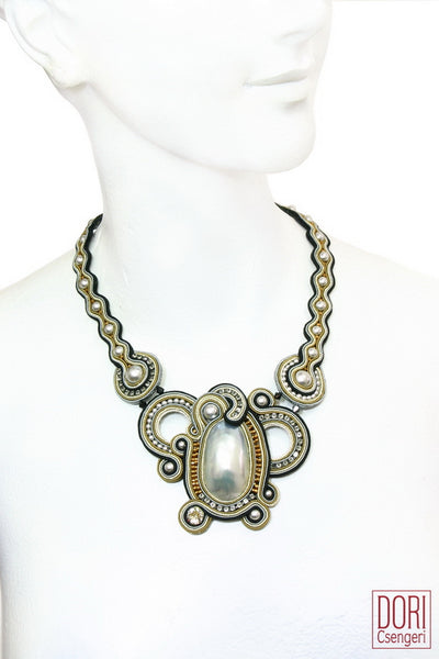 Confidence Evening Necklace
