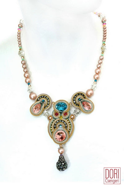 Elegance Pearl & Crystal Necklace