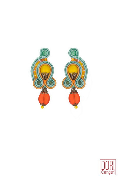 Laura Chic Earrings