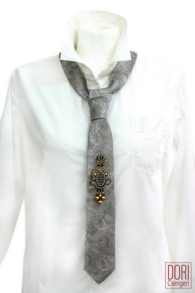 Dashing Grey-Paisley Casual Adorned Necktie