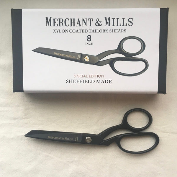 Merchant&Mills-XYLAN-COATED-Tailor's-SHEARS 8″-black-SPECIAL-EDITION