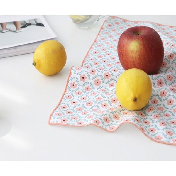 ICONIC COMELY HANKY Petal Made in Korea Geschenk Gift Nikkituch  Alternativen Text bearbeiten