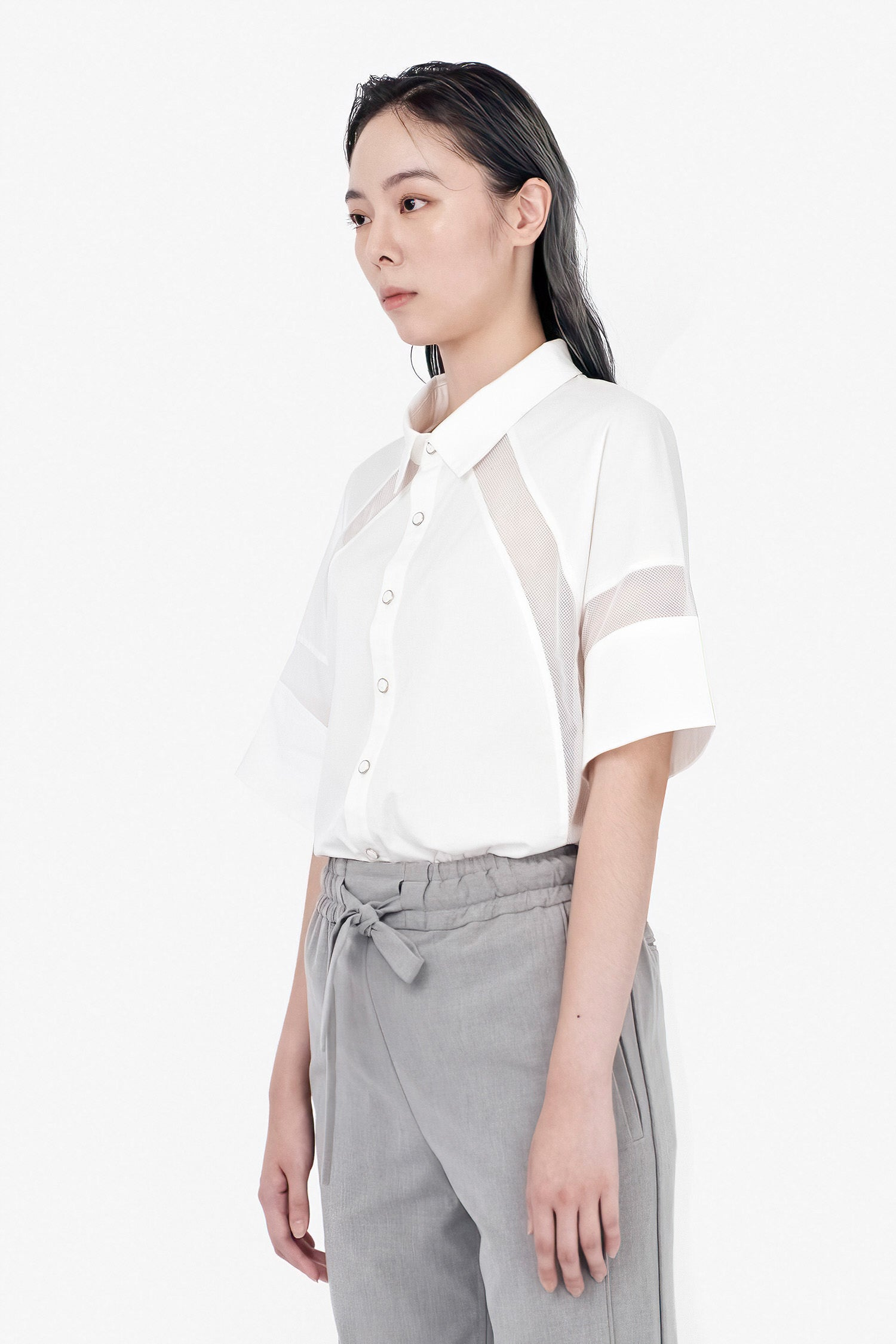SEANNUNG - W-網布拼接短袖襯衫 W-styled Short Sleeve Mesh Shirt - Woman