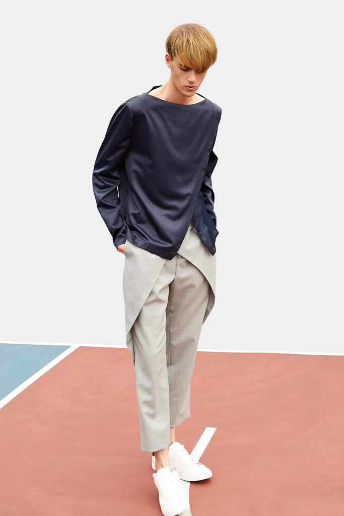 SEANNUNG - 前交叉襠片長褲 Crossed Belt Trousers in Grey - Men