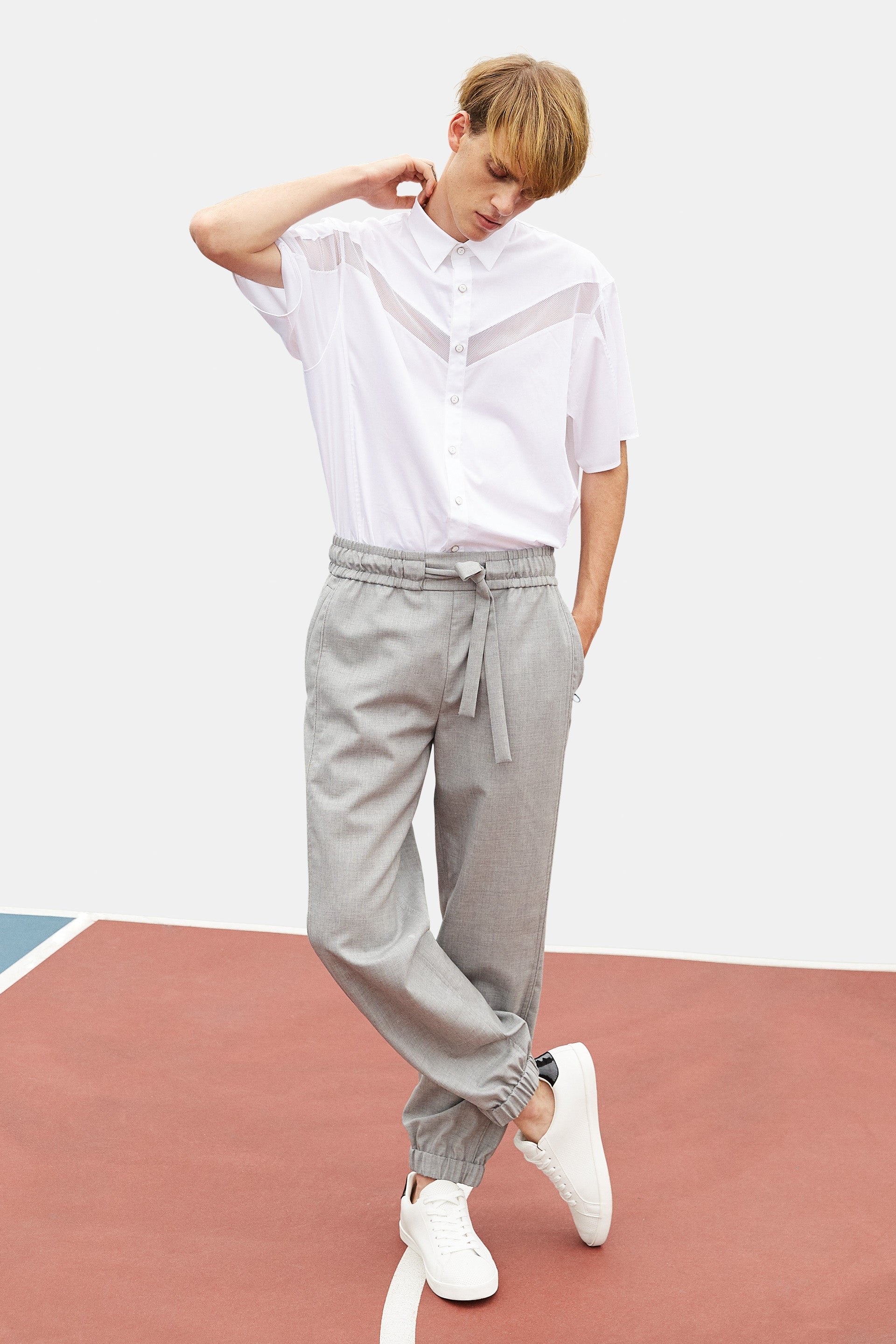 SEANNUNG - 灰色縮口西裝褲 Tailored Jogger pants in Grey - Men