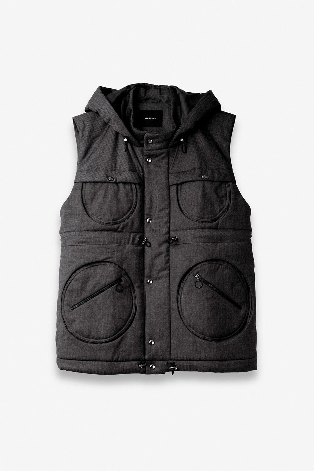 Circle Patch Pocket Sleeveless Quilted Jacket in Grey