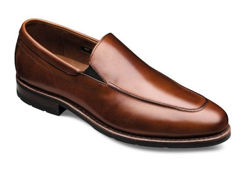 Apron Toe Dress Shoe Seam
