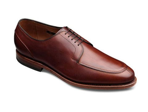 Dress Shoe Split Toe Seam