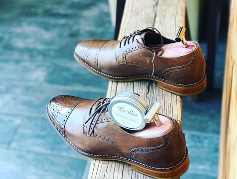 Johnston Murphy Brogues Shined by Cobbler Sunny Yoo (@cobblersunny)