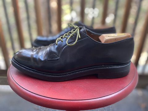 Dapper Looking Shell Cordovan PTB Vintage Bluchers from the side