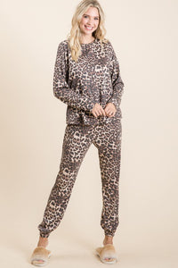 Riley Cheetah Lounge Set- Plus Avail.