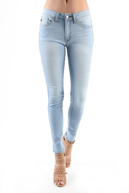 KanCan Mid-Rise Light Wash Skinny Jean