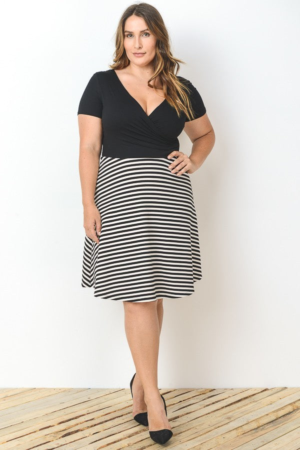 Short Sleeve Strip Dress - Plus Size