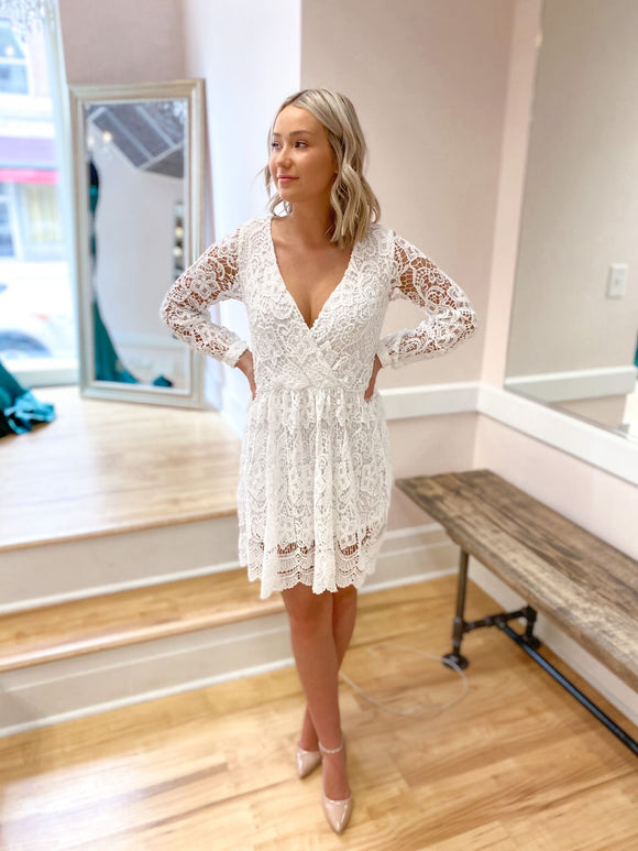 Paula Long Sleeved Lace Dress