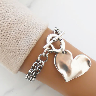 Slanting heart double chain t-bar bracelet
