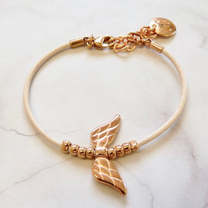 Leather bracelet with angel wings, rose gold and nude