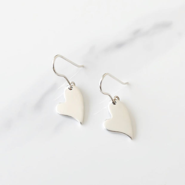 Mini curved heart hook earrings