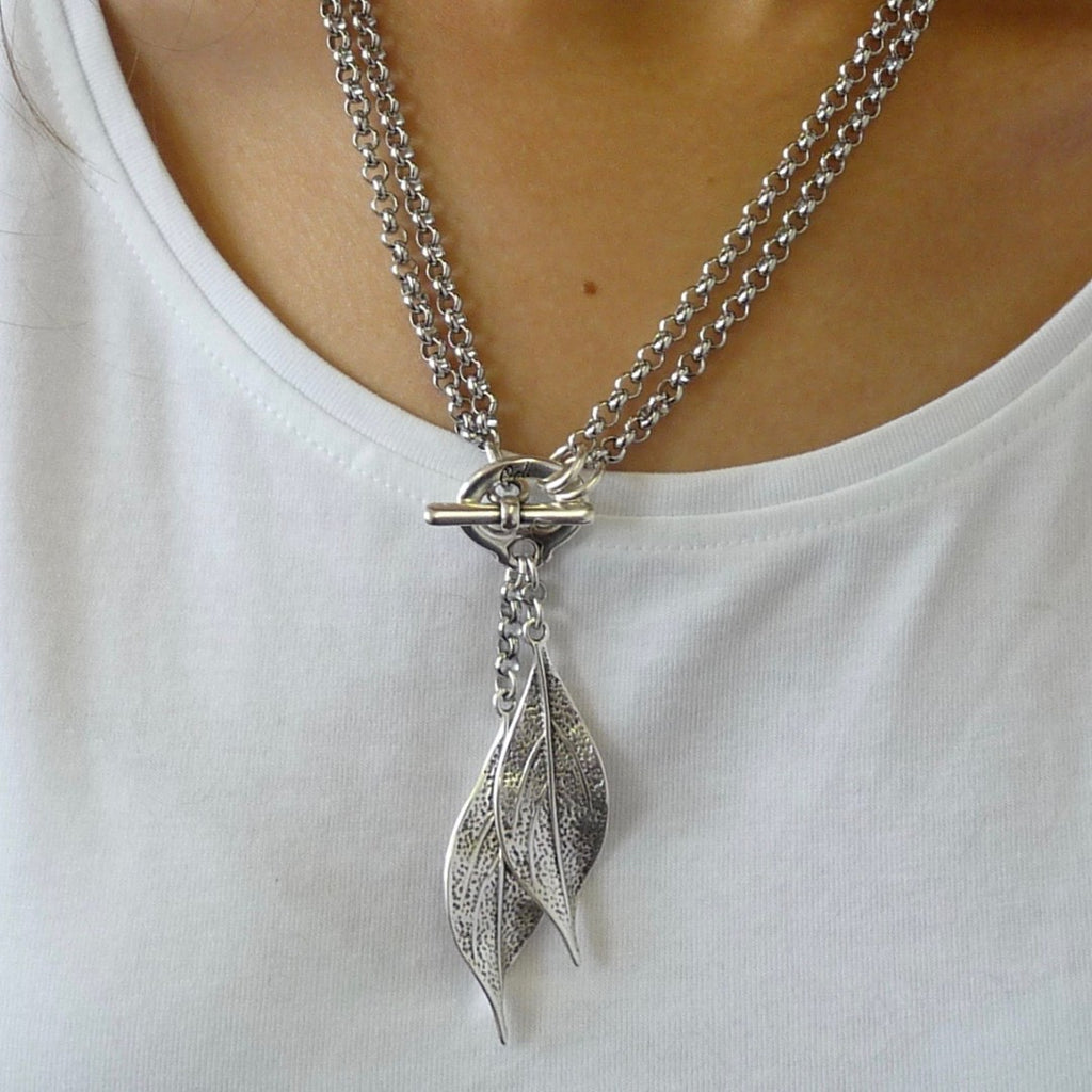 Twin leaves double necklace