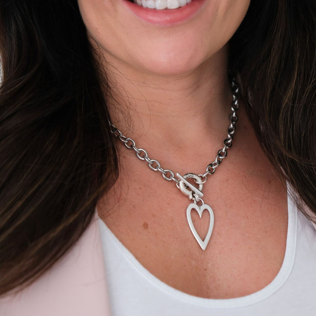 Open heart chunky necklace