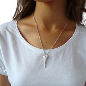 Pointed heart fine necklace, silver