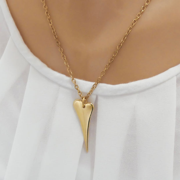 Pointed heart fine necklace, yellow gold