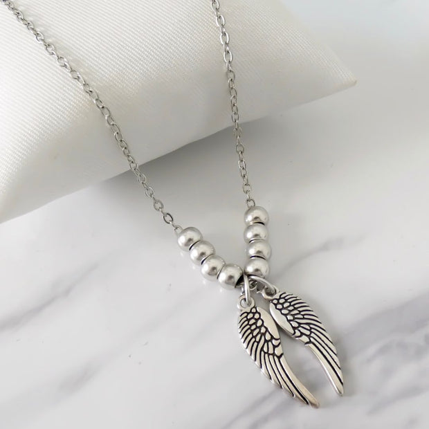 Twin angel wings and beads fine necklace