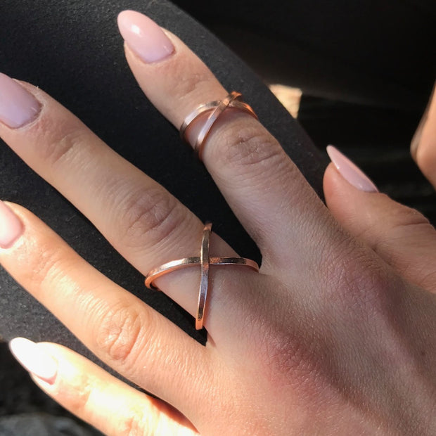 X ring, rose gold