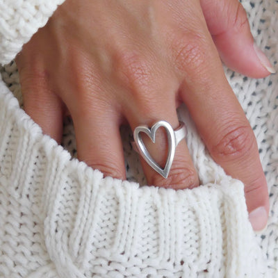 Open heart expandable ring