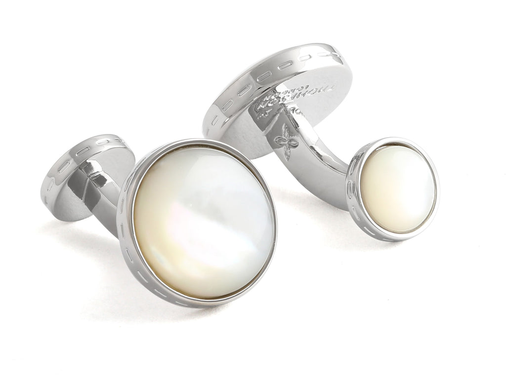 Cufflink Mother of pearl. Medlemspris 600,-